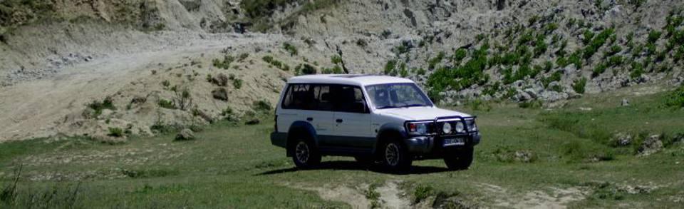 Mitsubishi Pajero in Albanien hobo-team