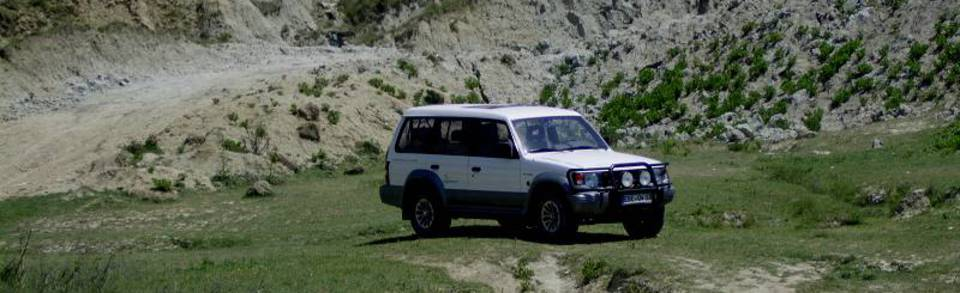 Mitsubishi Pajero in Albanien hobo-team